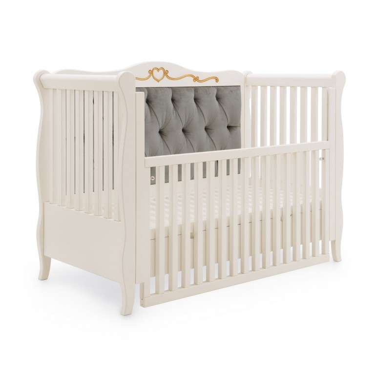 classic style wooden baby bed