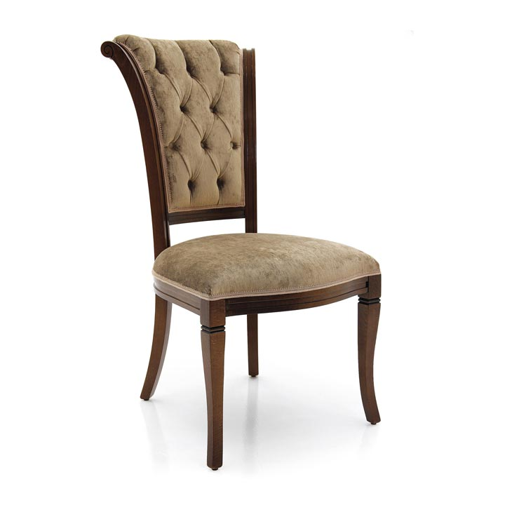Classic italian restaurant chair Paris by Sevensedie - solid beech wood frame - Tufted back with deep buttons - Polished in a glossy walnut color- Upholstery in beige crushed velvet