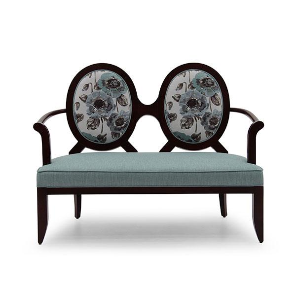 Particolare divano in stile seven sedie for Divano particolare