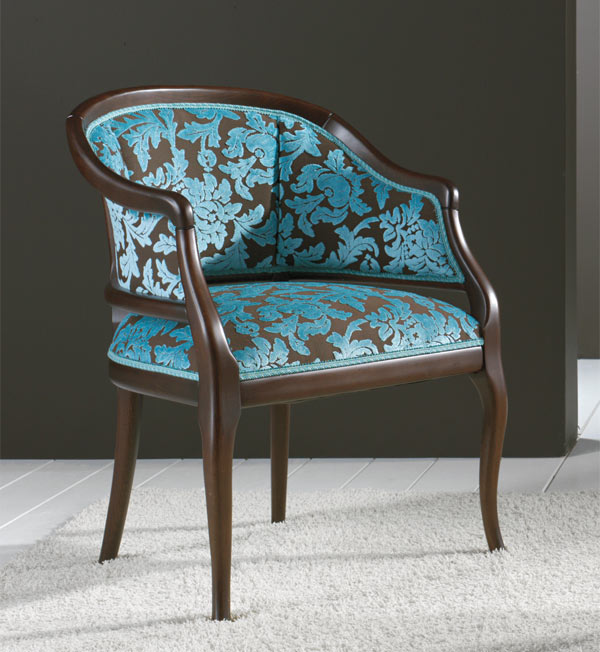 Comfortable small classic style armchair Beatrice - Seven ...