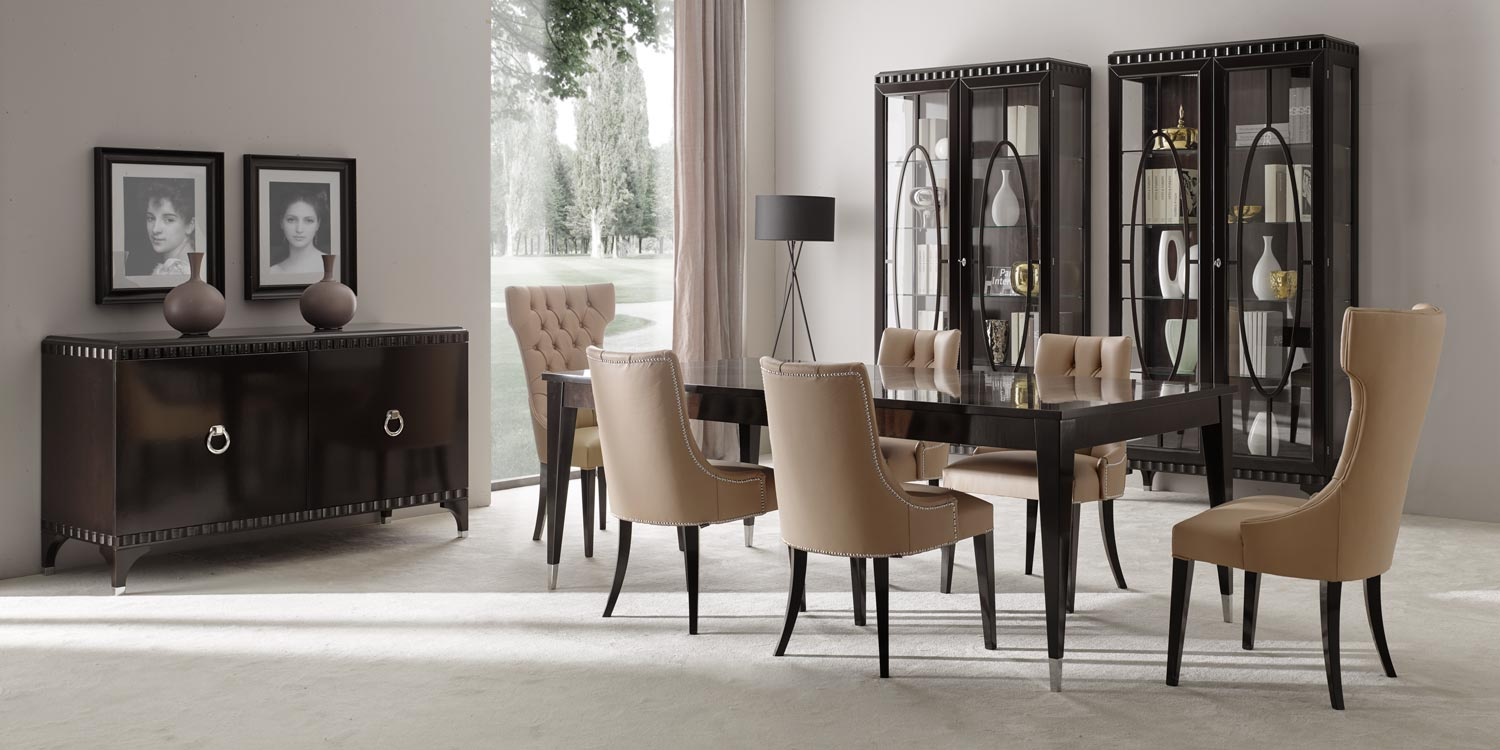 "Dining room set up with the Italian contemporary furniture collection ""Ellipse"" by Sevensedie"