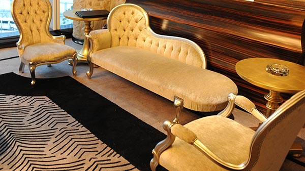 Chaise Lounge, nursing chair and an armchair at the Imperial Seal restaurant in Shanghai. Italian furniture by Sevensedie